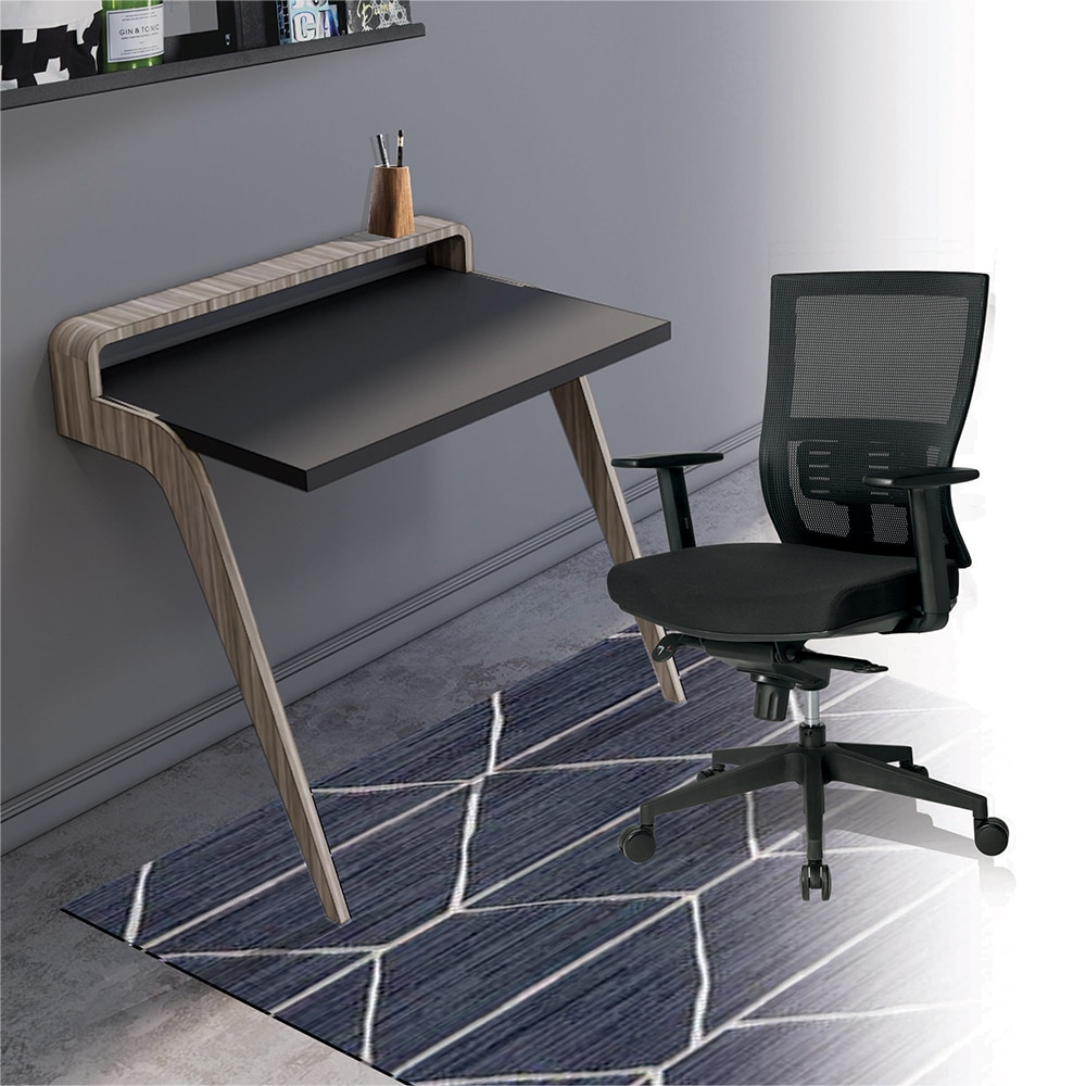 Home office table and a chair for Ukhuni